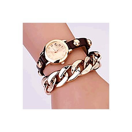 """Quarts-ur med brun rem, gylden skive og """"guldkæde"""""""